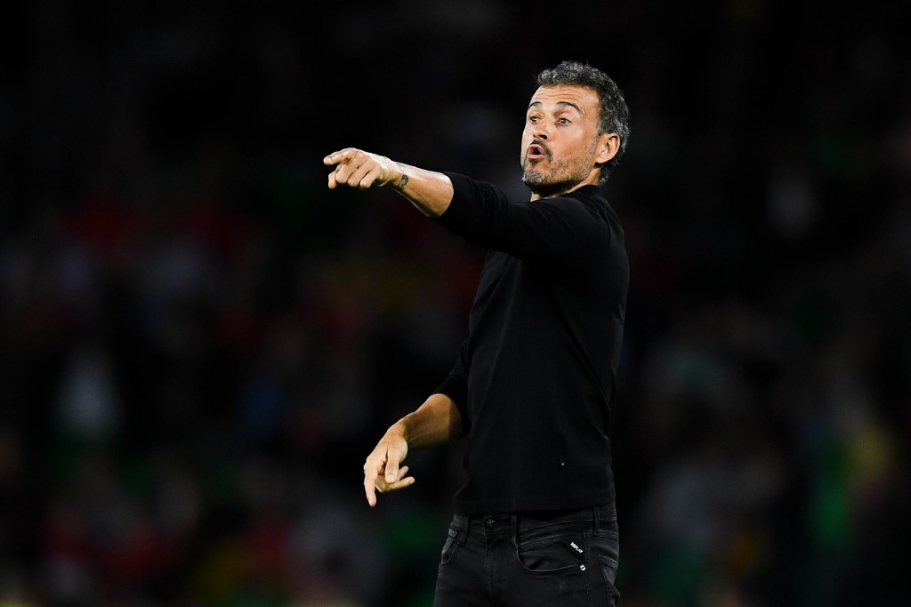 SEVILLE, SPAIN - OCTOBER 15: Luis Enrique, manager of Spain looks on during the UEFA Nations League A group Four match between Spain and England at Estadio Benito Villamarin on October 15, 2018 in Seville, Spain. (Photo by David Ramos/Getty Images)