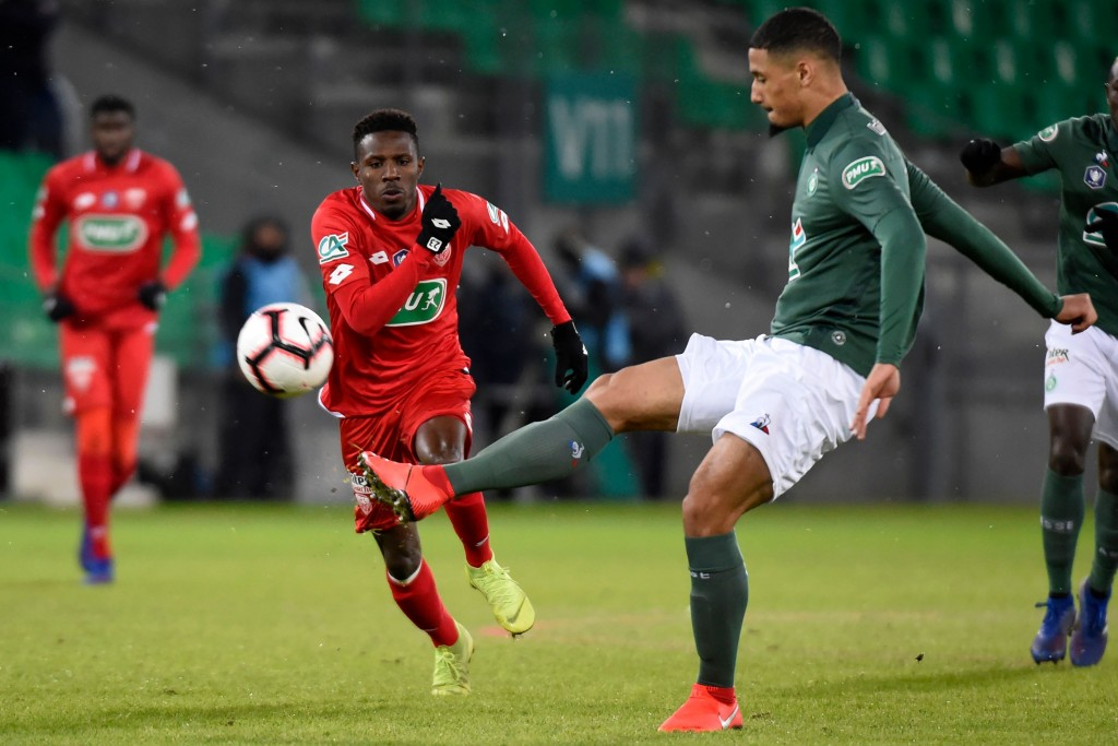 Saliba-ting football. (Picture Courtesy - AFP/Getty Images)