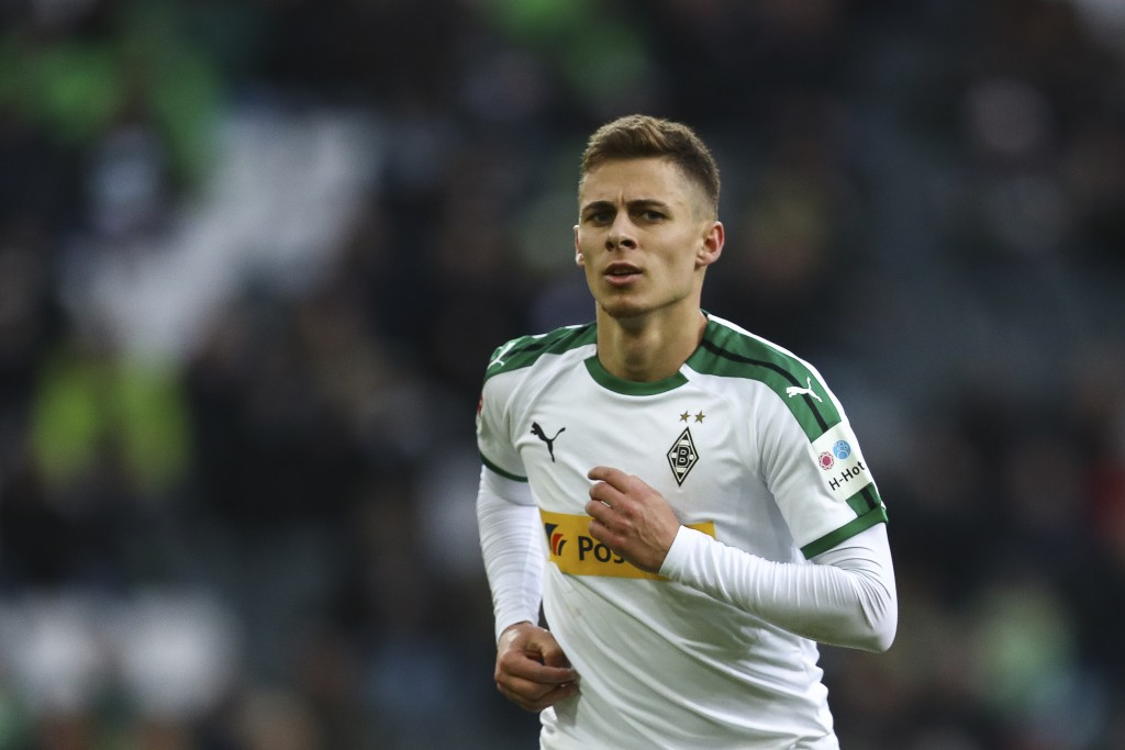 MOENCHENGLADBACH, GERMANY - FEBRUARY 09: Thorgan Hazard #10 of Borussia Monchengladbach looks on during the Bundesliga match between Borussia Moenchengladbach and Hertha BSC at Borussia-Park on February 09, 2019 in Moenchengladbach, Germany. (Photo by Maja Hitij/Bongarts/Getty Images)