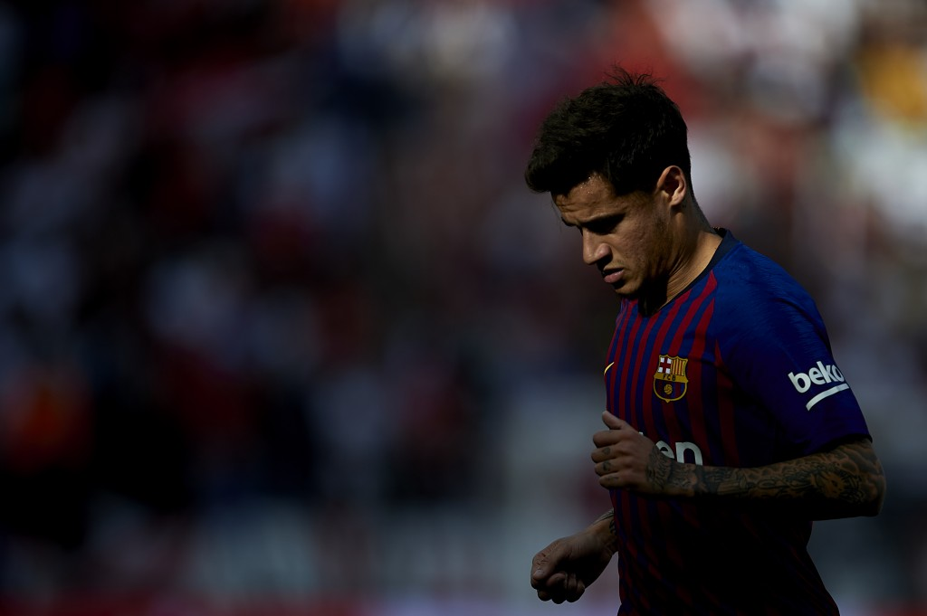 Coutinho's struggles at Barcelona showing no signs of ending. (Photo by Aitor Alcalde/Getty Images)