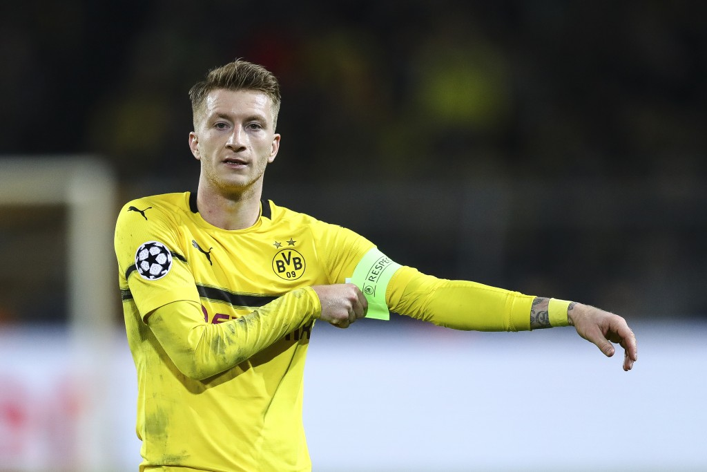 DORTMUND, GERMANY - MARCH 05: Marco Reus #11 of Borussia Dortmund reacts during the UEFA Champions League Round of 16 Second Leg match between Borussia Dortmund and Tottenham Hotspur at Westfalen Stadium on March 05, 2019 in Dortmund, North Rhine-Westphalia. (Photo by Maja Hitij/Bongarts/Getty Images)