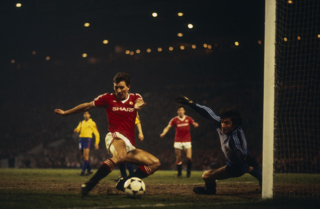 Bryan Robson inspired Manchester United to a 3-2 aggregate win in 1984 (Photo by Trevor Jones/Getty Images)