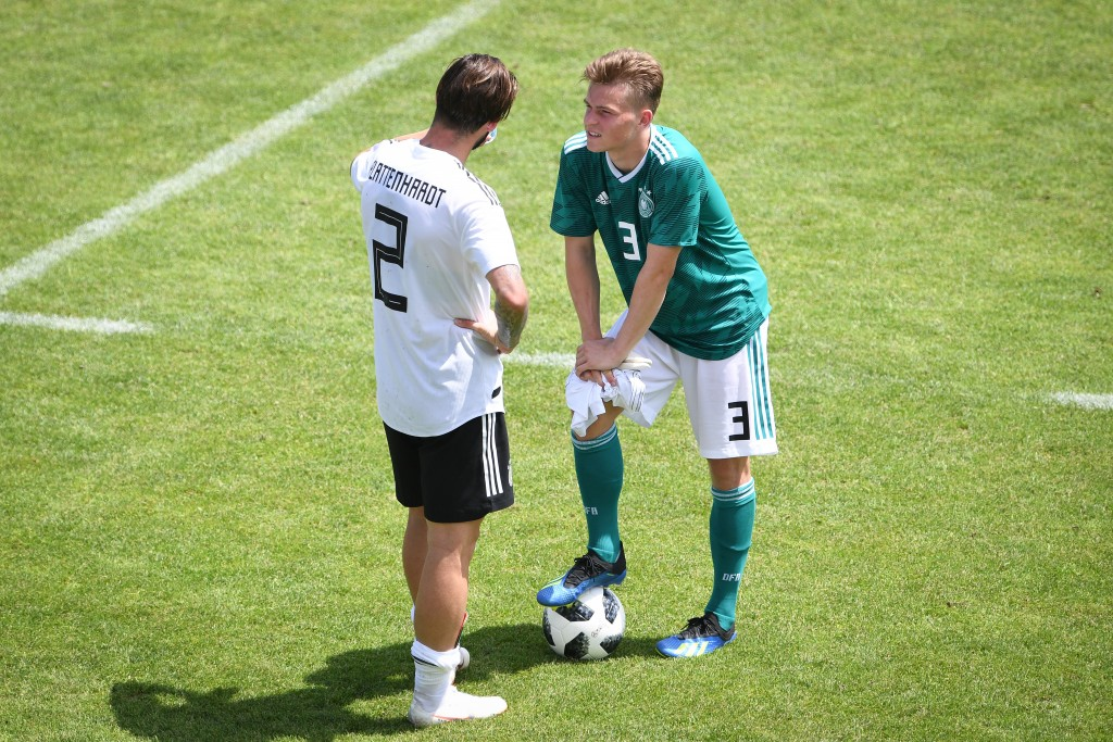 EPPAN, ITALY - MAY 30: Marvin Plattenhardt (Deutschland, l.) mit Maximilian Mittelstadt during a Germany v Germany U20 test match at German national team training camp on May 30, 2018 in Eppan, Italy. (Photo by Pool/Bongarts/Getty Images)