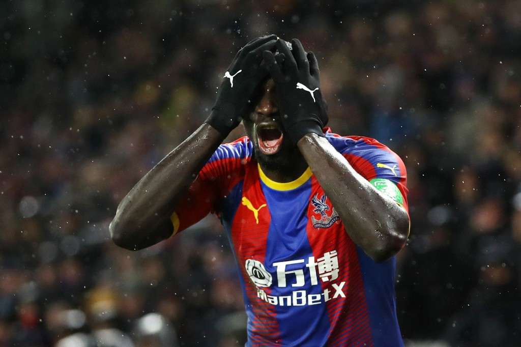 LONDON, ENGLAND - DECEMBER 15: Mamadou Sakho of Crystal Palace reacts during the Premier League match between Crystal Palace and Leicester City at Selhurst Park on December 15, 2018 in London, United Kingdom. (Photo by Dan Istitene/Getty Images)