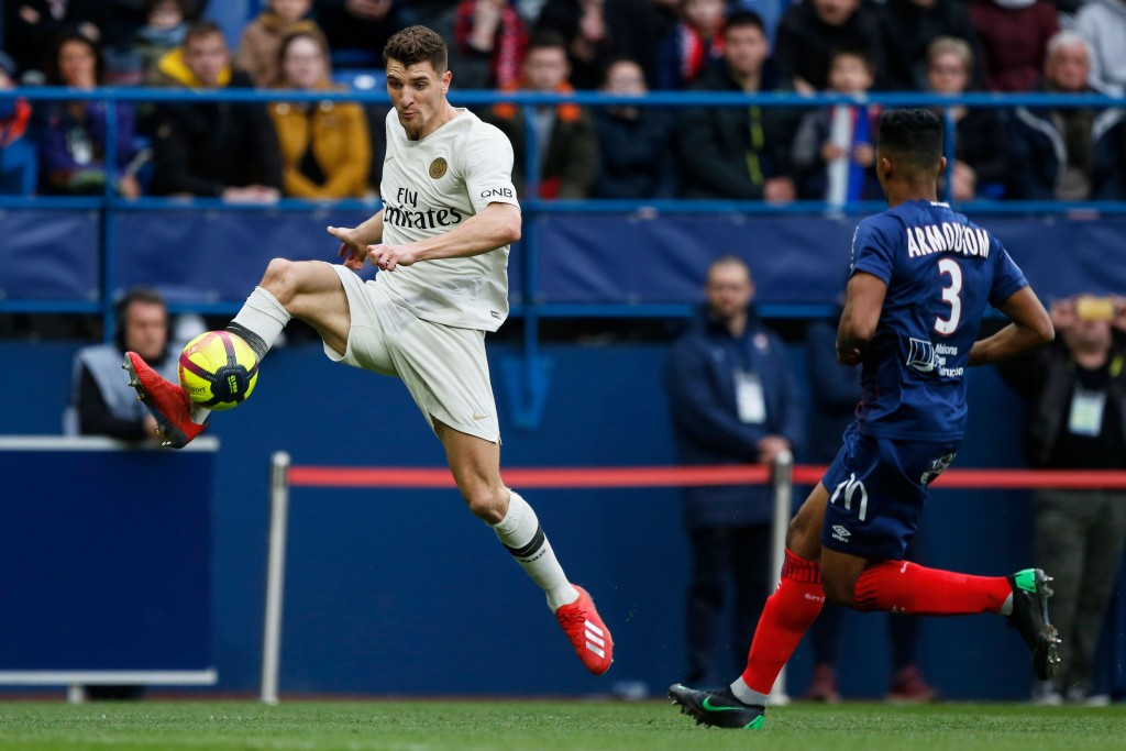 Meunier prefers Manchester United over Arsenal (Photo by CHARLY TRIBALLEAU/AFP/Getty Images)