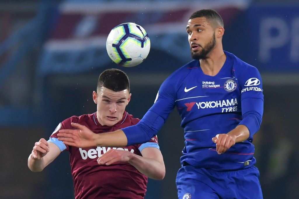 Loftus-Cheek was dominant in midfield. (Photo by Olly Greenwood/AFP/Getty Images)