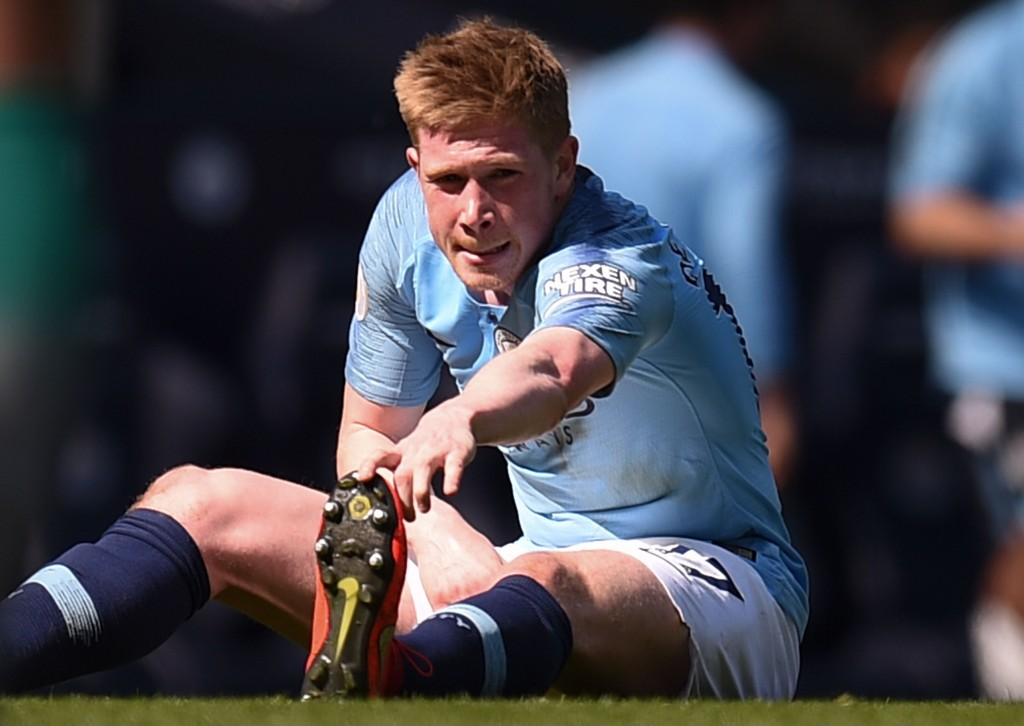De Bruyne's injury a reason to worry for Manchester City (Photo by OLI SCARFF/AFP/Getty Images)