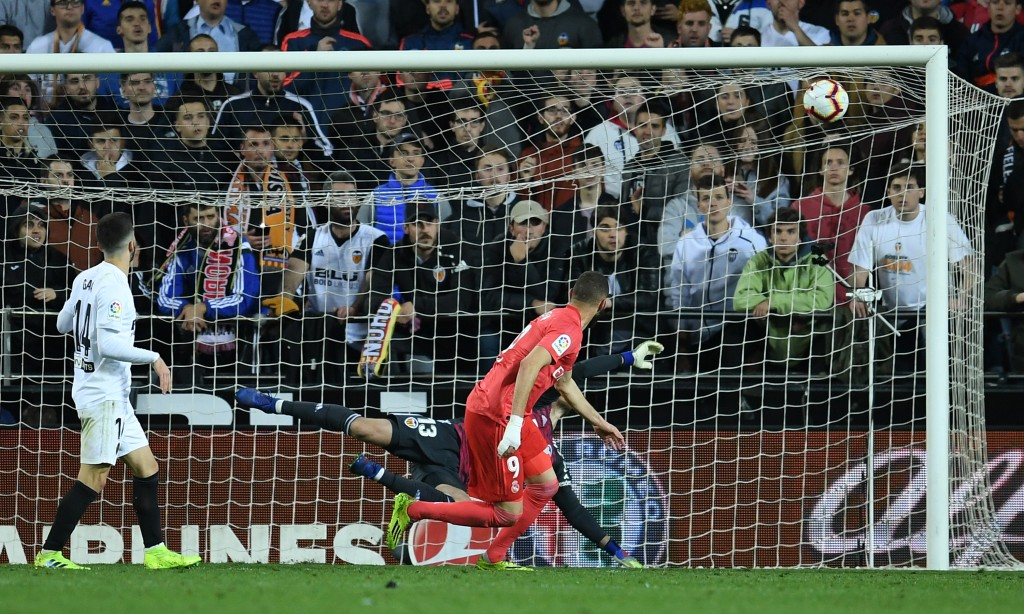Benzema scored a late consolation goal for Real Madrid. (Photo by David Ramos/Getty Images)