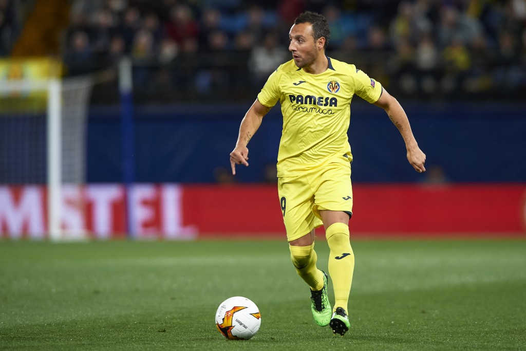Cazorla will need to provide the chances on a platter for the front men. (Photo by Fotopress/Getty Images)