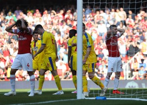 Arsenal 2-3 Crystal Palace: Visitors put Gunners' top-four chances in jeopardy [Tweets]