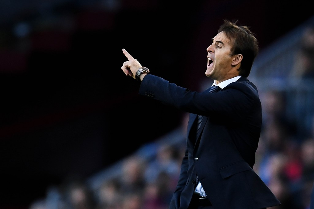 Julen Lopetegui has a full strength squad at his disposal against Manchester United. (Photo by David Ramos/Getty Images)