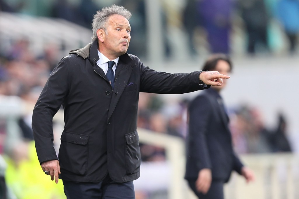 FLORENCE, ITALY - APRIL 14: Sinisa Mihajlovic manager of Bologna FC gestures during the Serie A match between ACF Fiorentina and Bologna FC at Stadio Artemio Franchi on April 14, 2019 in Florence, Italy. (Photo by Gabriele Maltinti/Getty Images)