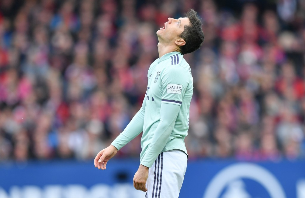 NUREMBERG, GERMANY - APRIL 28: Robert Lewandowski of Bayern Munich looks up during the Bundesliga match between 1. FC Nuernberg and FC Bayern Muenchen at Max-Morlock-Stadion on April 28, 2019 in Nuremberg, Germany. (Photo by Sebastian Widmann/Bongarts/Getty Images)