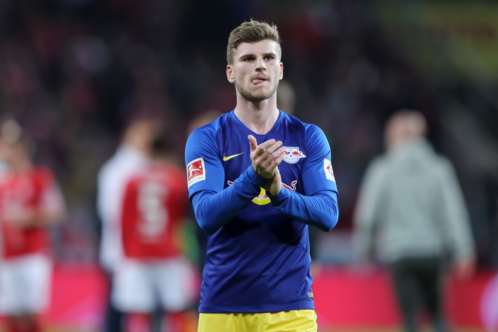 MAINZ, GERMANY - MAY 03: Timo Werner of RB Leipzig shows his appreciation to the fans after the Bundesliga match between 1. FSV Mainz 05 and RB Leipzig at Opel Arena on May 03, 2019 in Mainz, Germany. (Photo by Simon Hofmann/Bongarts/Getty Images)
