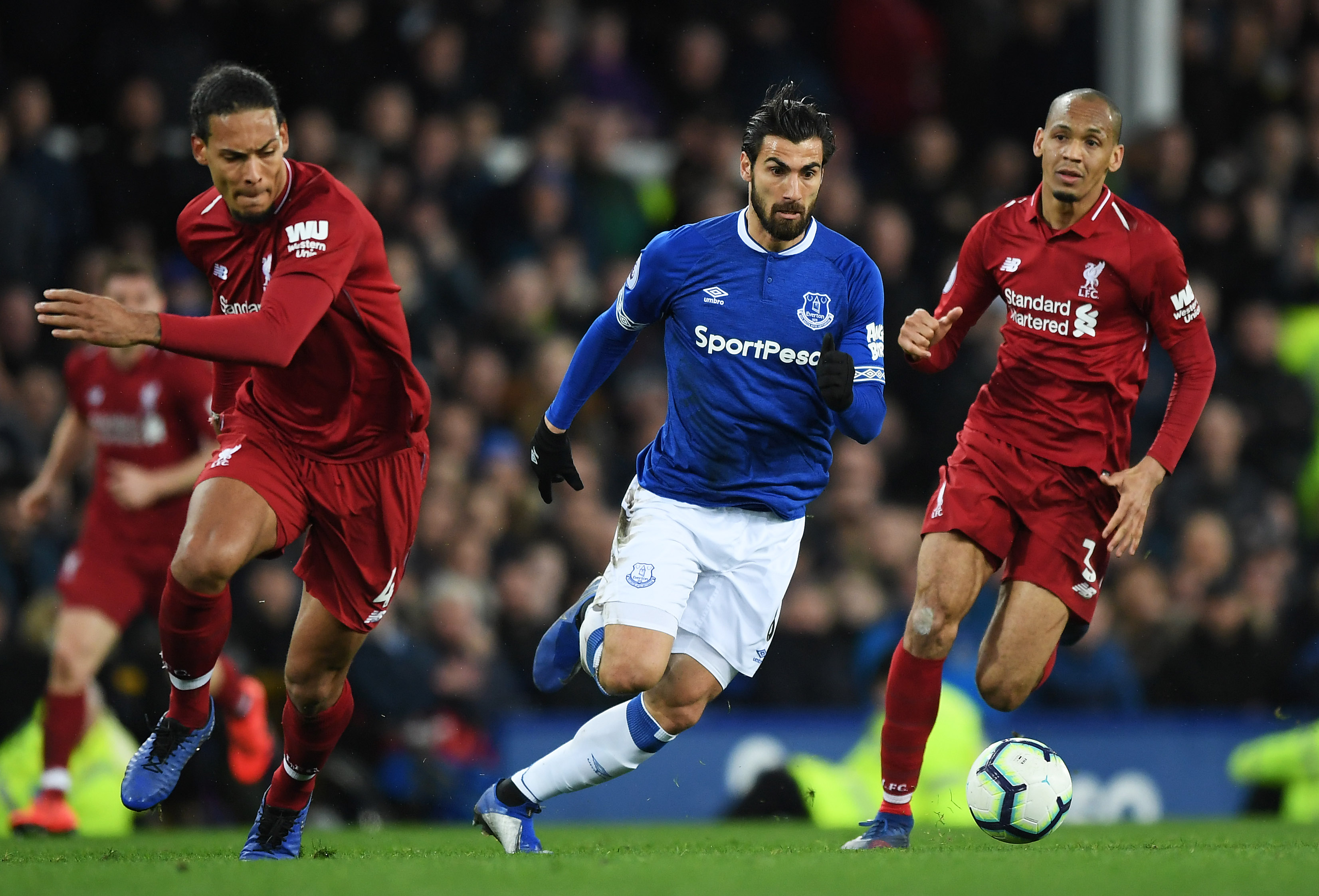 Was the Merseyside derby at Goodison Park crucial to dent Liverpool's title hopes? (Photo courtesy: AFP/Getty)