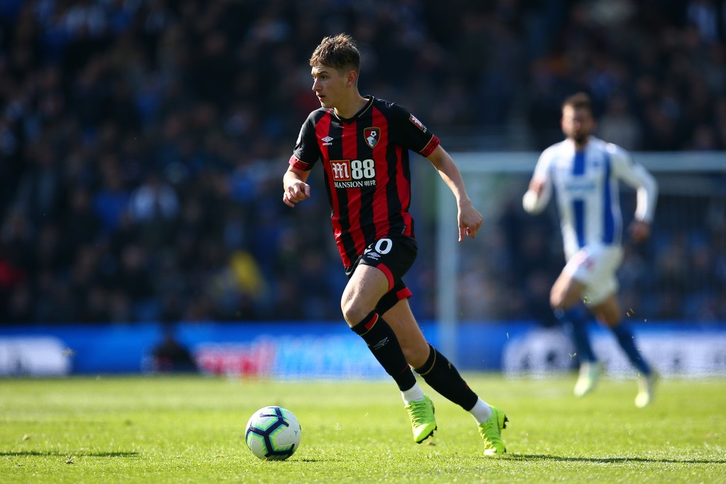 BRIGHTON, ENGLAND - APRIL 13: David Brooks of Bournemouth attacks during the Premier League match between Brighton & Hove Albion and AFC Bournemouth at American Express Community Stadium on April 13, 2019 in Brighton, United Kingdom. (Photo by Charlie Crowhurst/Getty Images)