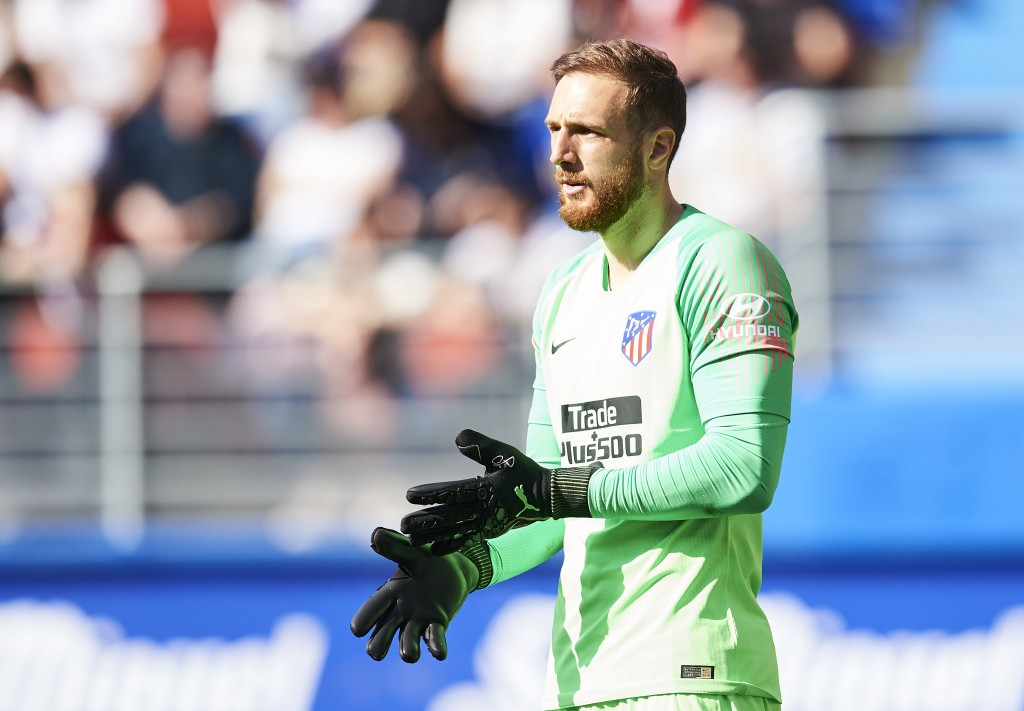 Oblak to join Manchester United? (Photo by Juan Manuel Serrano Arce/Getty Images)