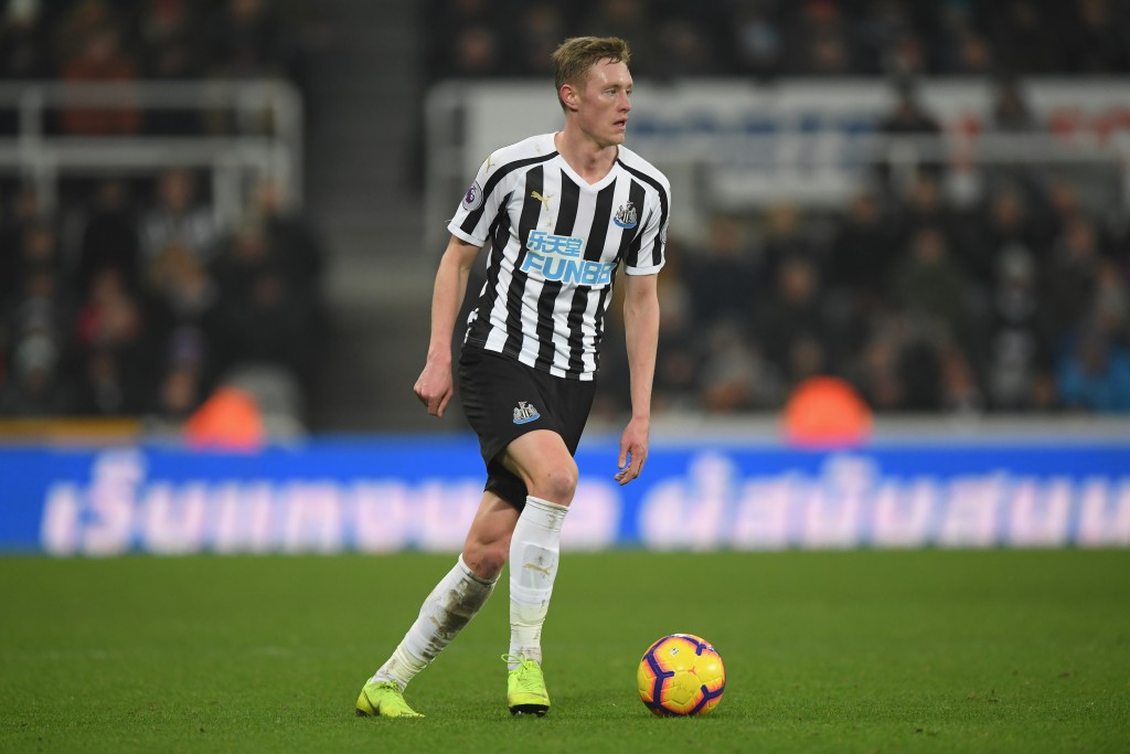 Newcastle slap £50 million price tag on Sean Longstaff (Photo by Stu Forster/Getty Images)