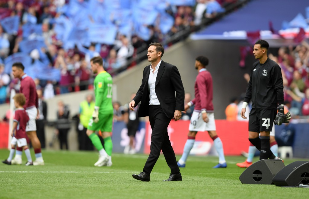 Can Frank Lampard do a Zinedine Zidane at Chelsea? (Picture Courtesy - AFP/Getty Images)