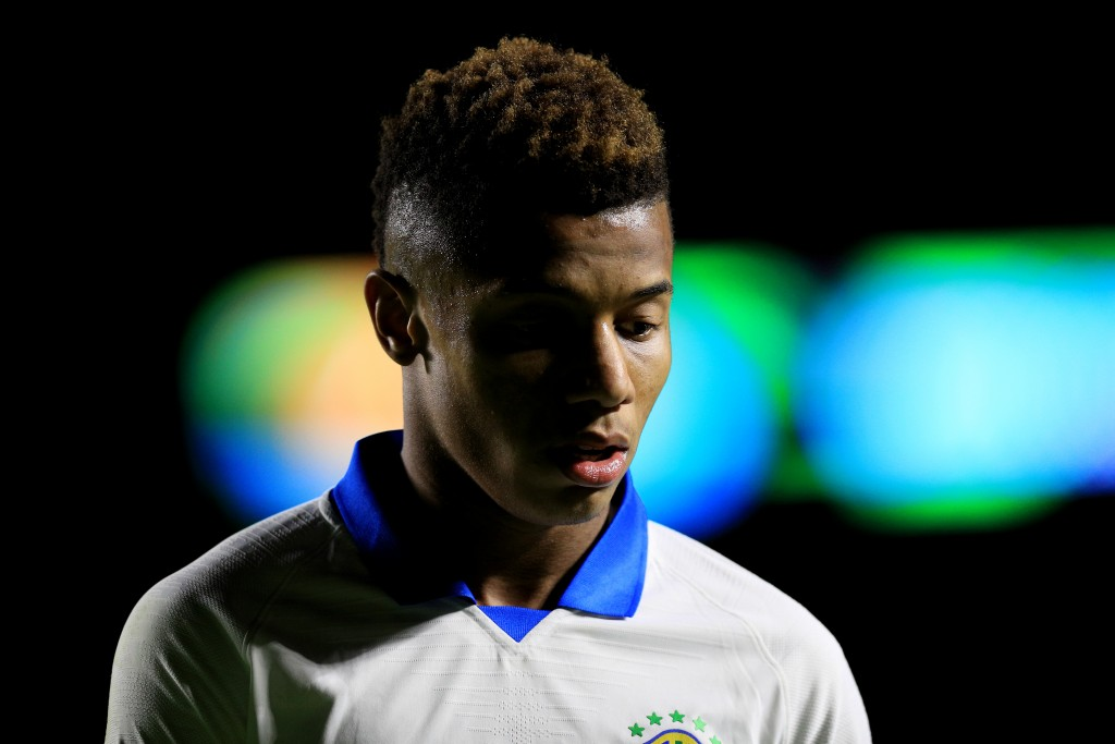 SAO PAULO, BRAZIL - JUNE 14: David Neres of Brazil looks on during the Copa America Brazil 2019 group A match between Brazil and Bolivia at Morumbi Stadium on June 14, 2019 in Sao Paulo, Brazil. (Photo by Buda Mendes/Getty Images)