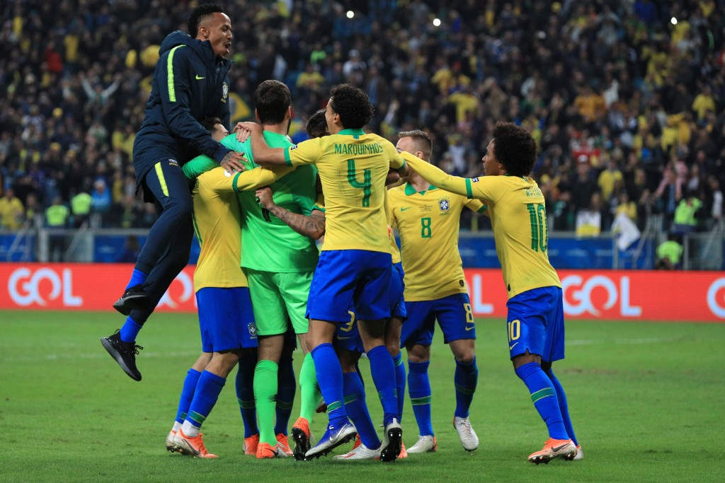 Brazil progressed to the semi-finals after overcoming Paraguay on penalties. (Photo by Buda Mendes/Getty Images)