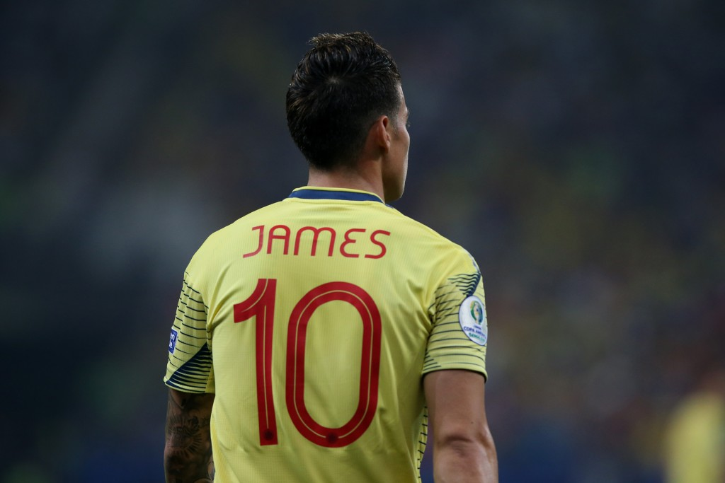SAO PAULO, BRAZIL - JUNE 28: James Rodriguez of Colombia walks during the Copa America Brazil 2019 quarterfinal match between Colombia and Chile at Arena Corinthians on June 28, 2019 in Sao Paulo, Brazil. (Photo by Alexandre Schneider/Getty Images)