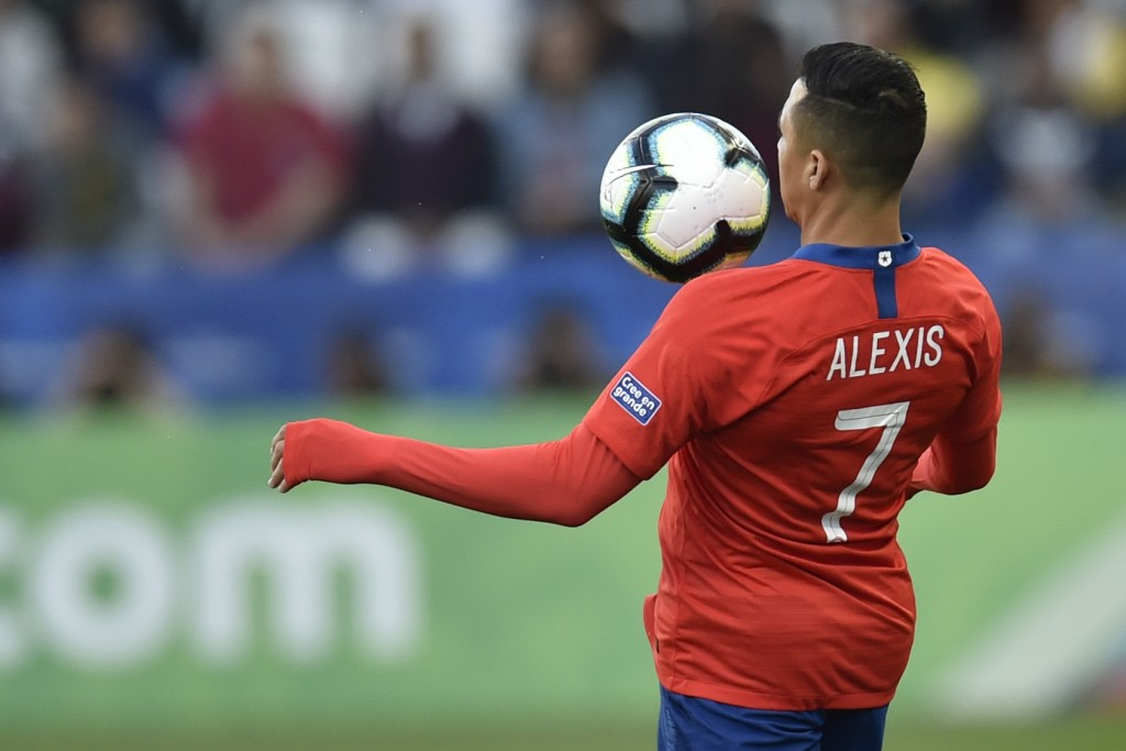 Sanchez to return to Italy? (Photo by DOUGLAS MAGNO/AFP/Getty Images)
