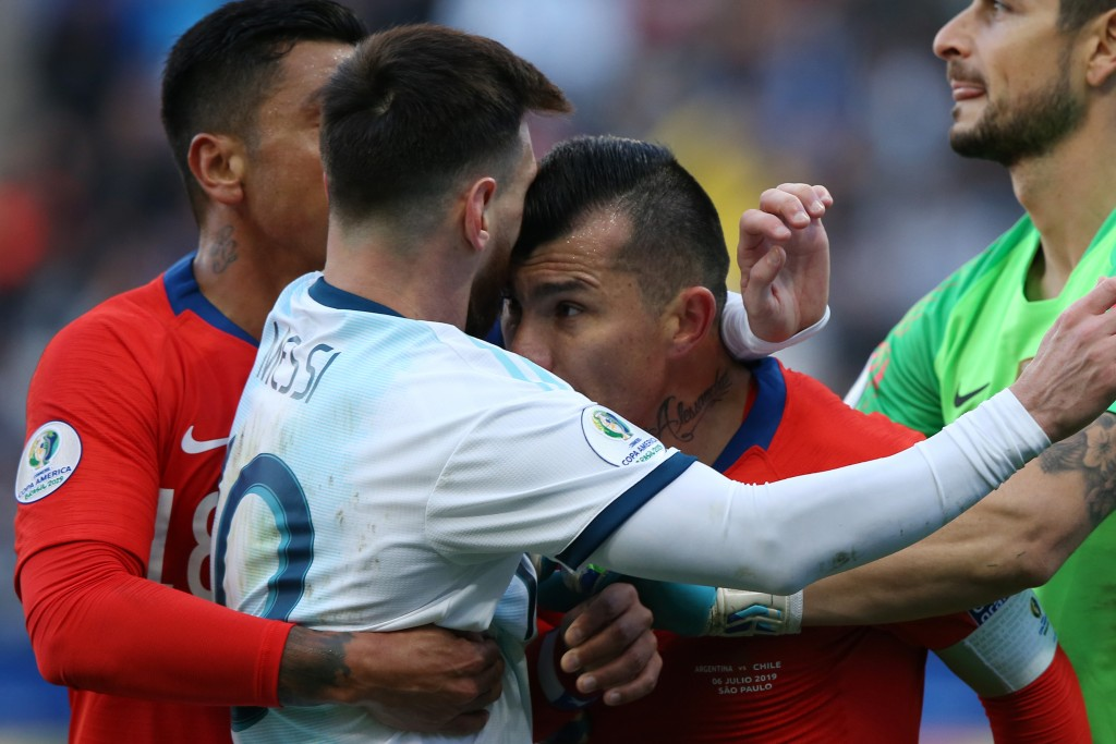 Messi and Medel were both sent-off for this altercation in the Third-Placed Playoff at Copa America 2019. (Picture Courtesy - AFP/Getty Images)