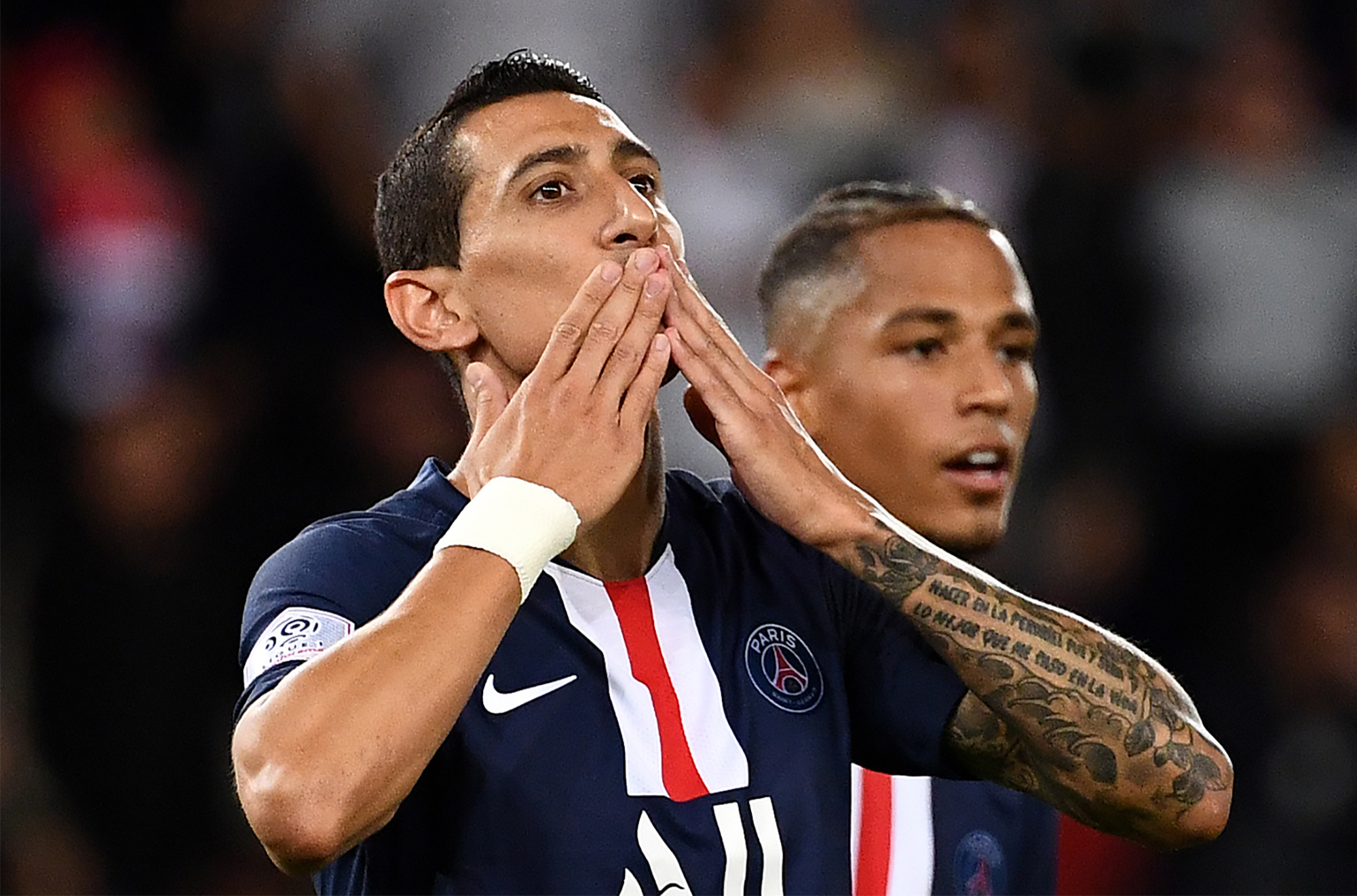 PSG will need Angel Di Maria to be at his best against Metz (Photo by FRANCK FIFE / AFP)