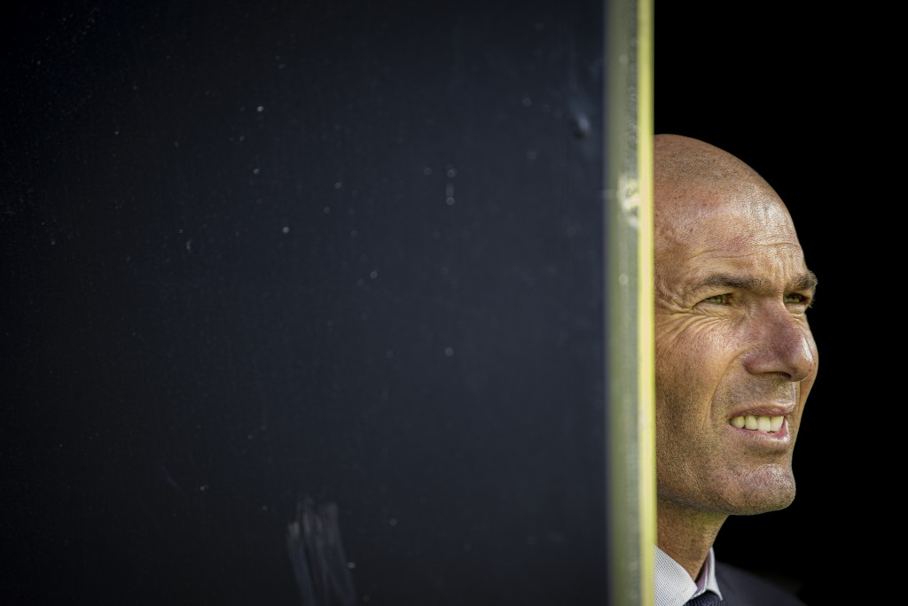 Should Zidane end up leaving Real Madrid for a second time, Jose Mourinho will be waiting in the wings to return to the Bernabeu. (Photo by Octavio Passos/Getty Images)