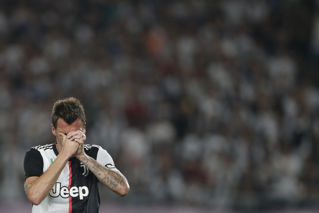 Mandzukic may be joining Dybala on the journey to Manchester United. (Picture Courtesy - AFP/Getty Images0