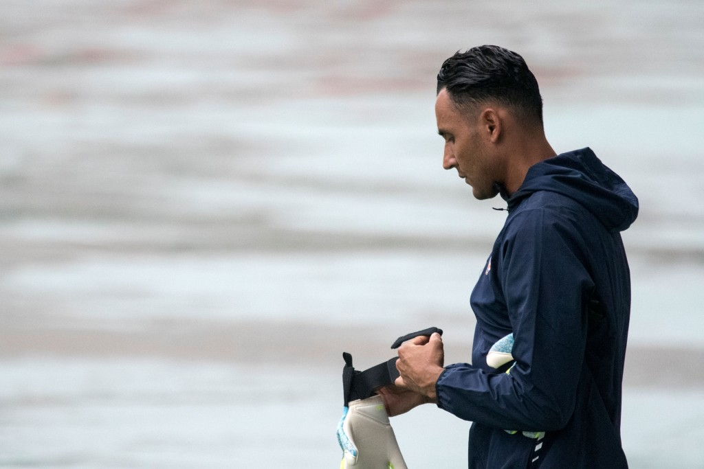 Keylor Navas is likely to return for PSG against Bayern Munich. (Photo by Ezequiel Becerra/AFP/Getty Images)