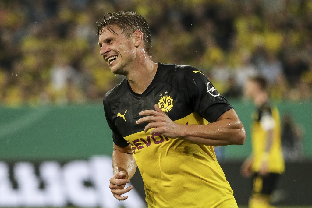 DUESSELDORF, GERMANY - AUGUST 09: Lukasz Piszczek of Borussia Dortmund reacts during the DFB Cup first round match between KFC Uerdingen and Borussia Dortmund at Merkur Spiel-Arena on August 09, 2019 in Duesseldorf, Germany. (Photo by Maja Hitij/Bongarts/Getty Images)