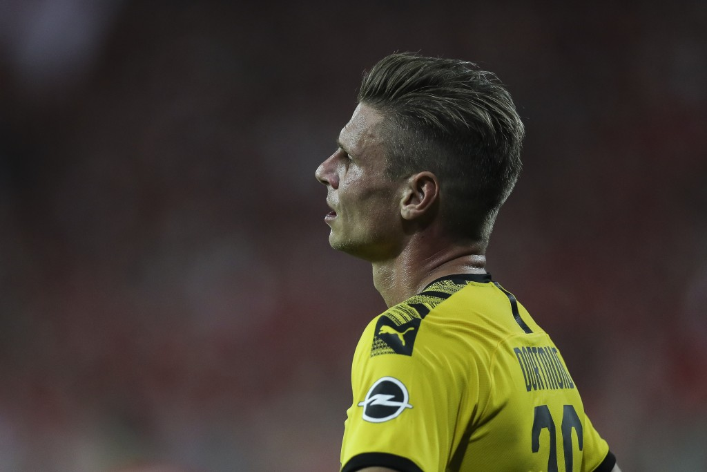 BERLIN, GERMANY - AUGUST 31: Lukasz Piszczek of Dortmund looks on during the Bundesliga match between 1. FC Union Berlin and Borussia Dortmund at Stadion An der Alten Foersterei on August 31, 2019 in Berlin, Germany. (Photo by Maja Hitij/Bongarts/Getty Images)