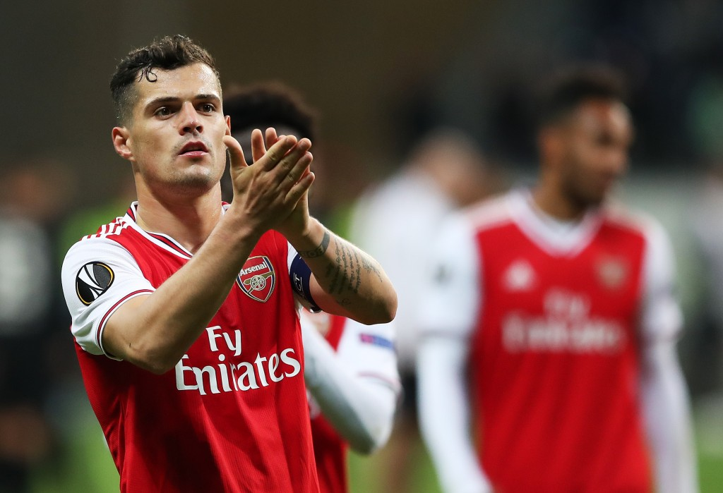 FRANKFURT AM MAIN, GERMANY - SEPTEMBER 19: Granit Xhaka of Arsenal applauds the fans after the UEFA Europa League group F match between Eintracht Frankfurt and Arsenal FC at on September 19, 2019 in Frankfurt am Main, Germany. (Photo by Christian Kaspar-Bartke/Bongarts/Getty Images)