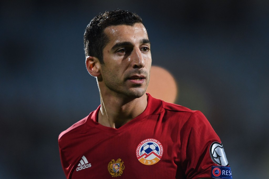 Armenia's midfielder Henrikh Mkhitaryan looks on during the FIFA World Cup 2018 qualification football match between Armenia and Poland in Yerevan on October 5, 2017. / AFP PHOTO / Kirill KUDRYAVTSEV (Photo credit should read KIRILL KUDRYAVTSEV/AFP/Getty Images)