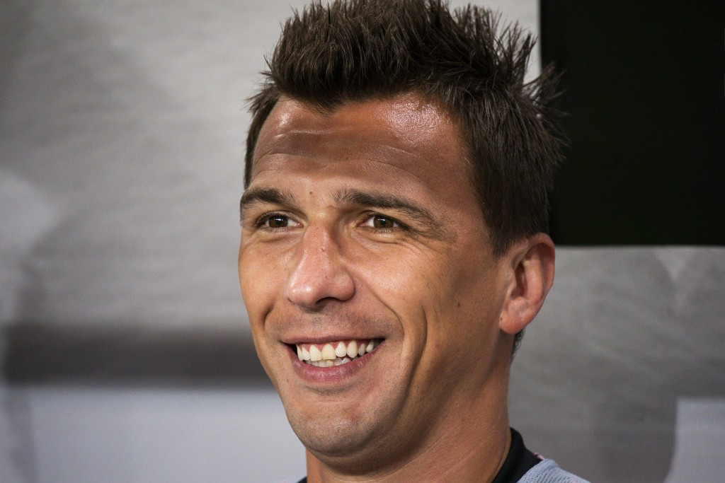Juventus' forward Mario Mandzukic looks on before the International Champions Cup football match between Atletico Madrid v Juventus on August 10, 2019 in Solna outside Stockholm, Sweden. (Photo by Jonathan NACKSTRAND / AFP) (Photo credit should read JONATHAN NACKSTRAND/AFP/Getty Images)