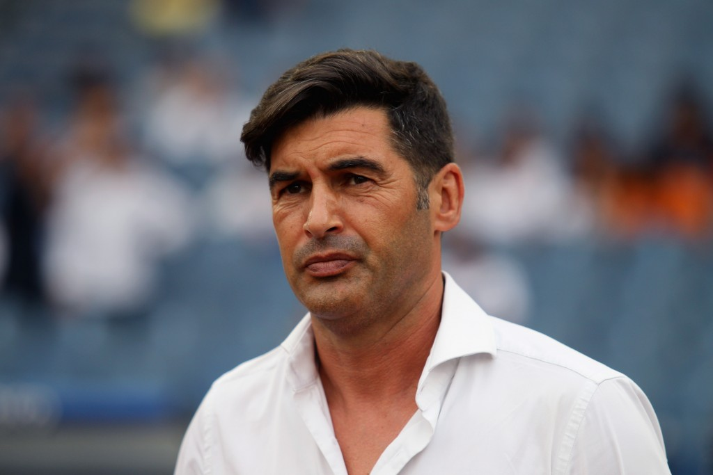 ROME, ITALY - SEPTEMBER 01: AS Roma head coach Paulo Fonseca looks on during the Serie A match between SS Lazio and AS Roma at Stadio Olimpico on September 1, 2019 in Rome, Italy. (Photo by Paolo Bruno/Getty Images)