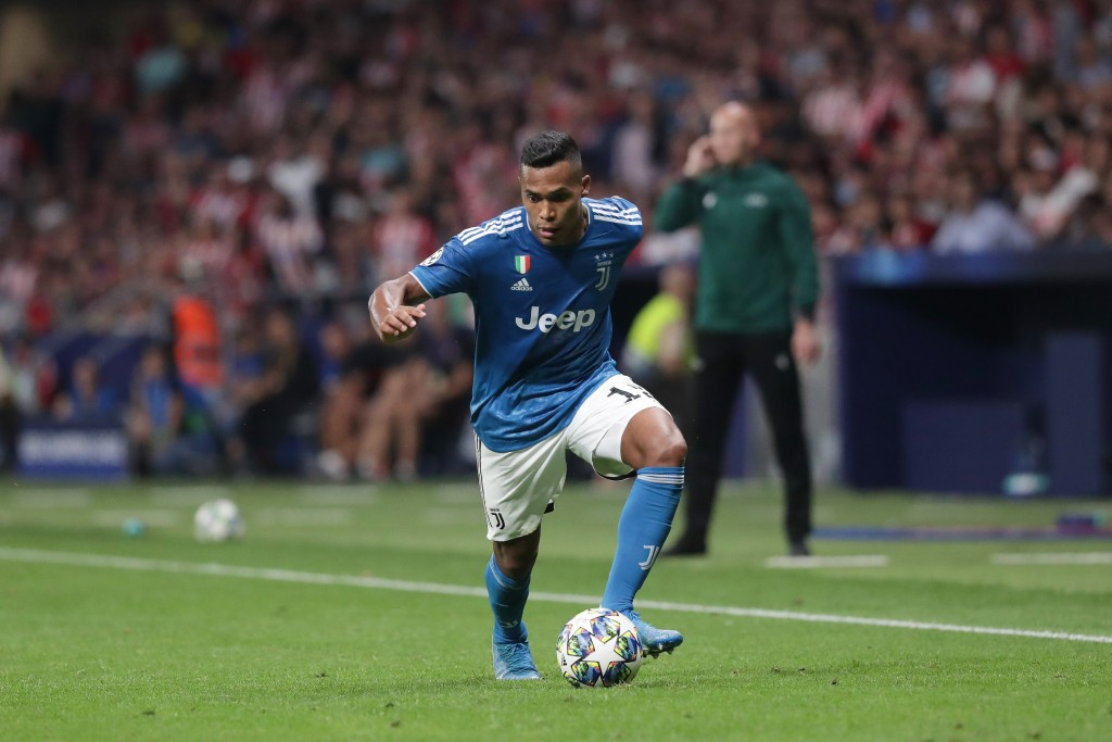 Alex Sandro is set to return. (Photo by Gonzalo Arroyo Moreno/Getty Images)