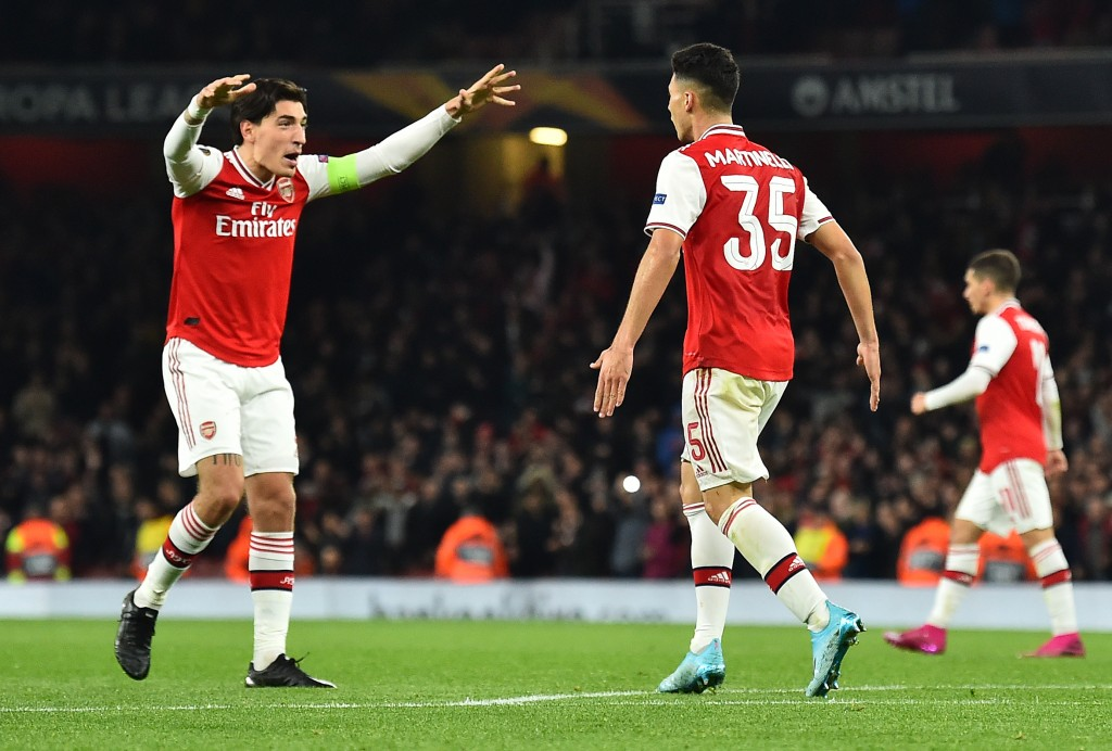 Hector Bellerin and Gabriel Martinelli are set to start against Liverpool. (Photo by Glyn Kirk/AFP via Getty Images)