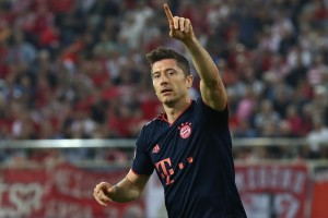 Three Premier League clubs that should pounce on Robert Lewandowski this summer | THT Opinions