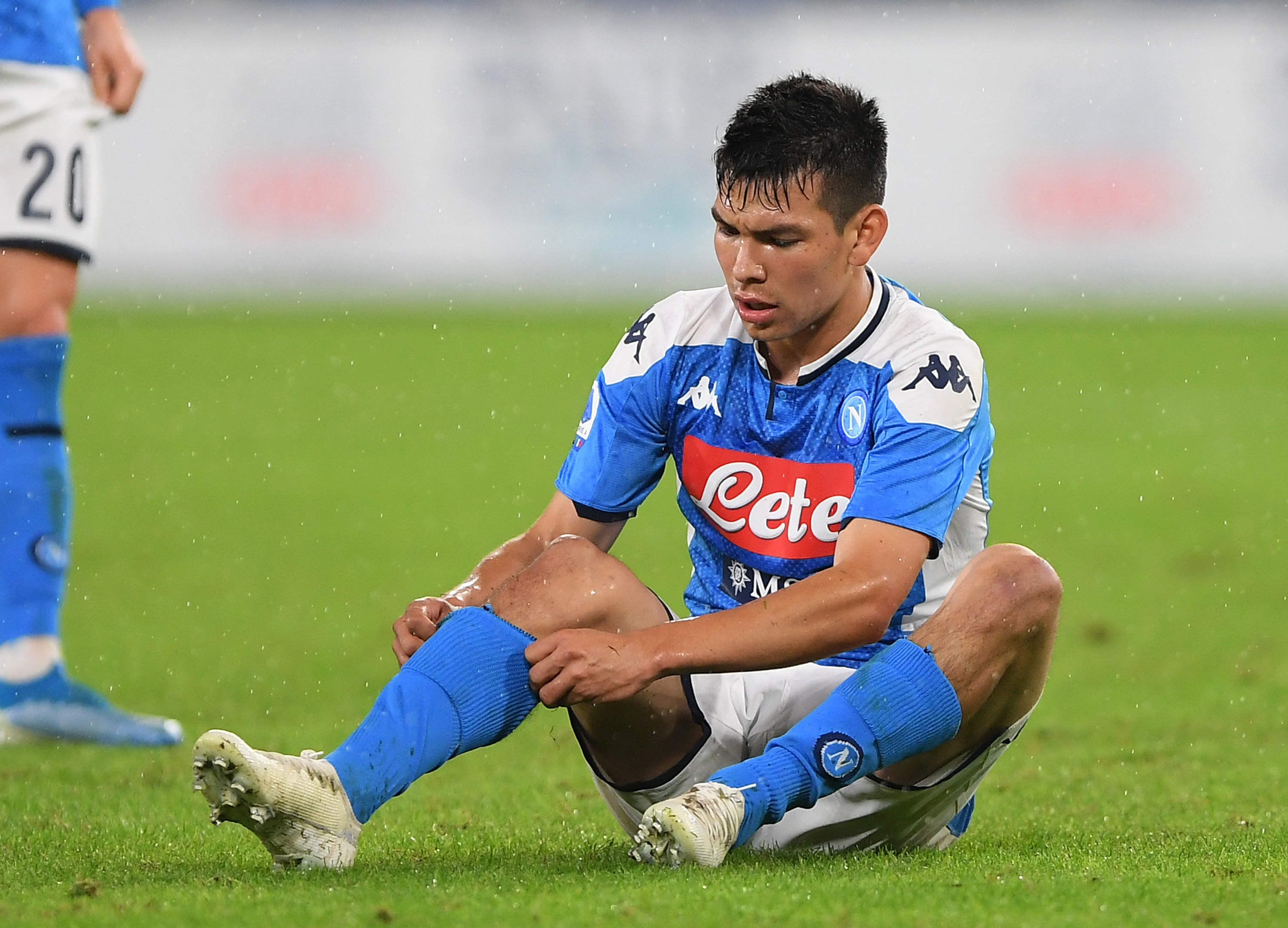 Time for Lozano to pull his socks up and perform for Napoli (Photo by Francesco Pecoraro/Getty Images)