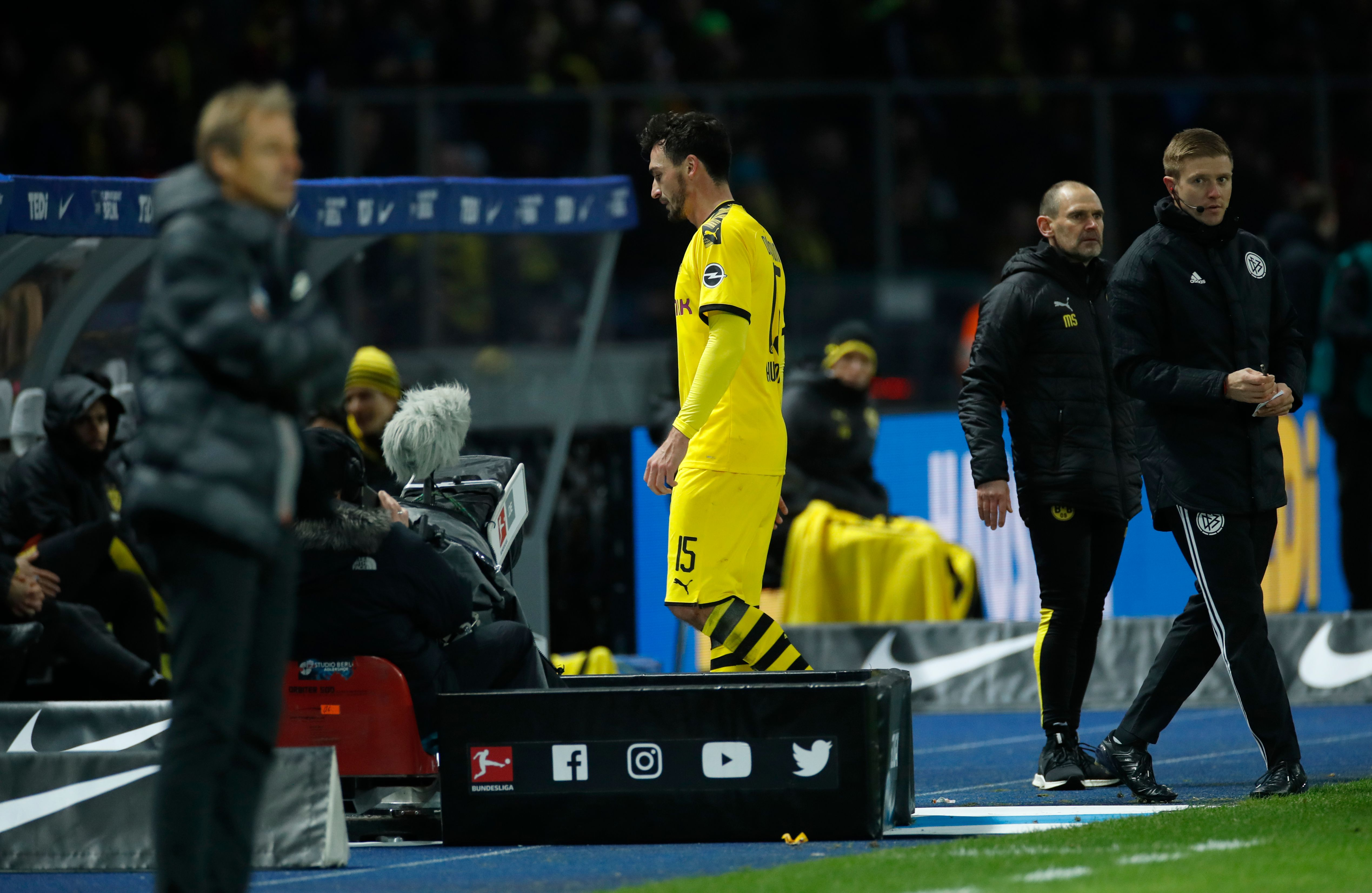 Mats Hummels is suspended for the weekend clash (Photo by ODD ANDERSEN/AFP via Getty Images)