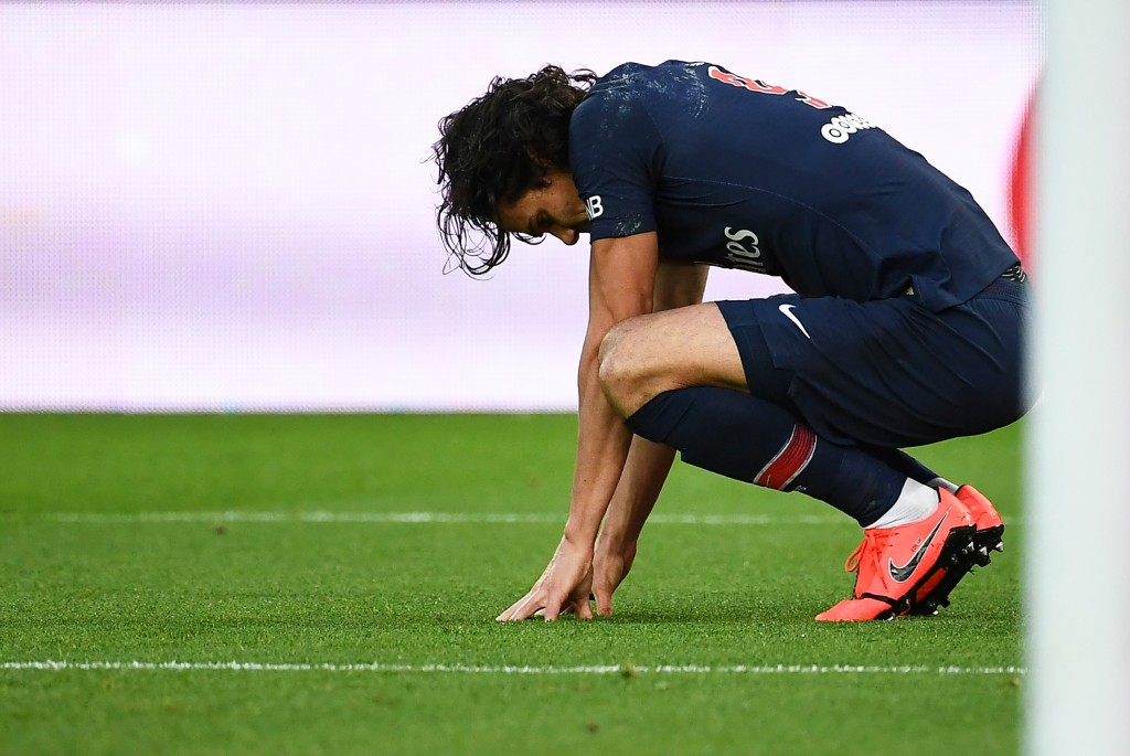 Injuries have started piling up for Cavani in recent years. (Photo by Anne-Christine Poujoulat/AFP via Getty Images)