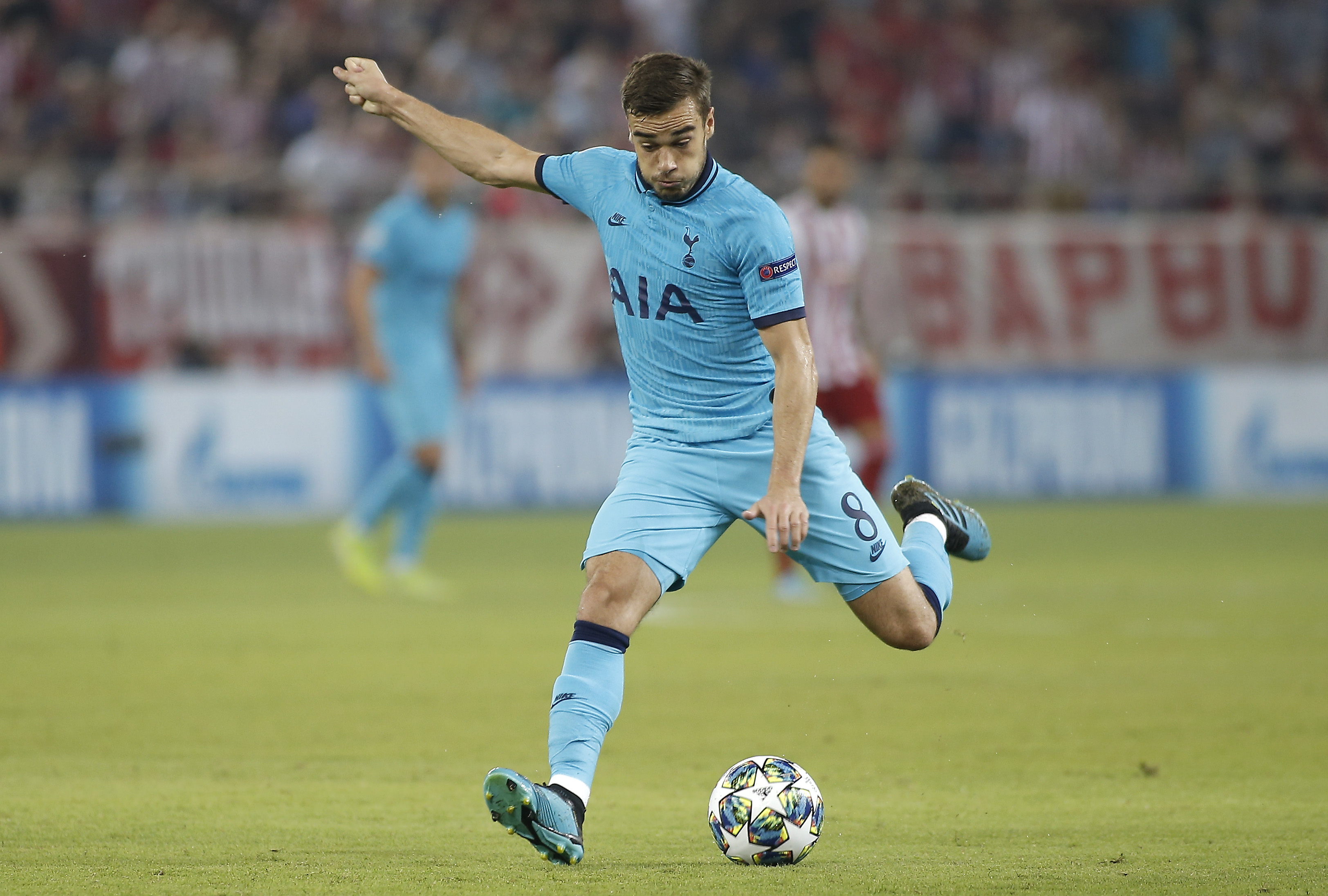 Harry Winks set to don the Blues of Manchester City? (Photo by Milos Bicanski/Getty Images)