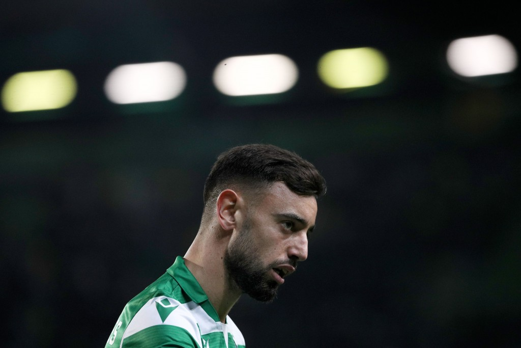 Sporting's Portuguese midfielder Bruno Fernandes looks on during the UEFA Europa League Group D football match between Sporting CP and PSV Eindhoven at the Jose Alvalade stadium in Lisbon, on November 28, 2019. (Photo by FILIPE AMORIM / AFP) (Photo by FILIPE AMORIM/AFP via Getty Images)