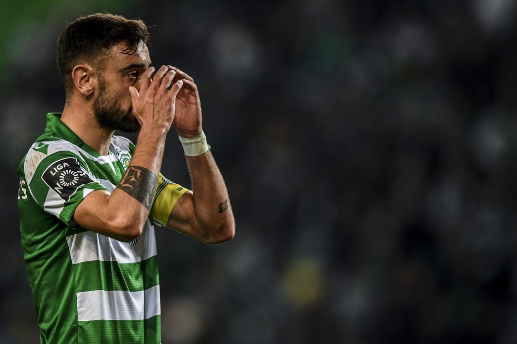 Manchester United baulk at Sporting's £80m valuation of Bruno Fernandes