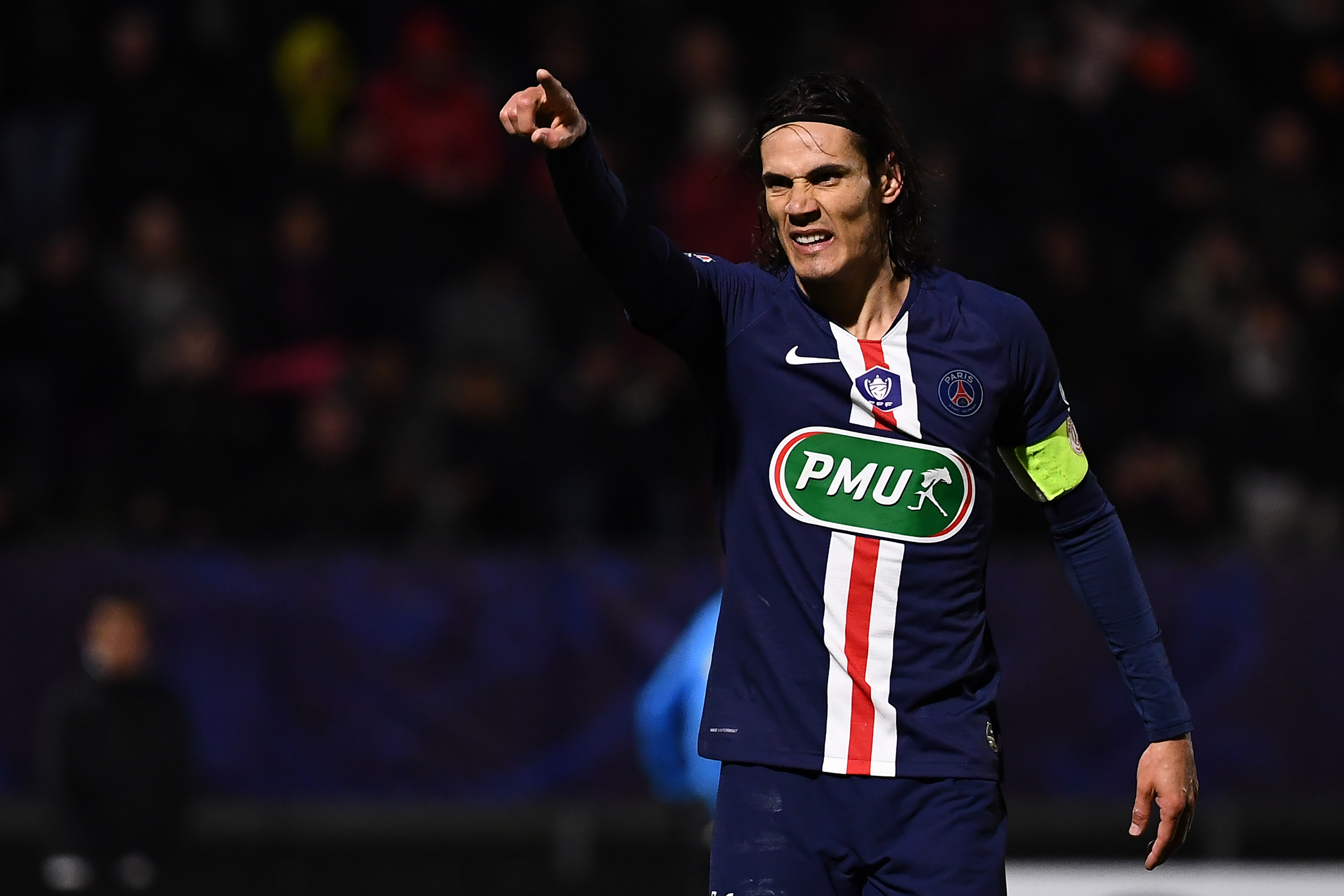 Cavani on his way to Old Trafford (Photo by Anne-Christine Poujoulat/AFP via Getty Images)