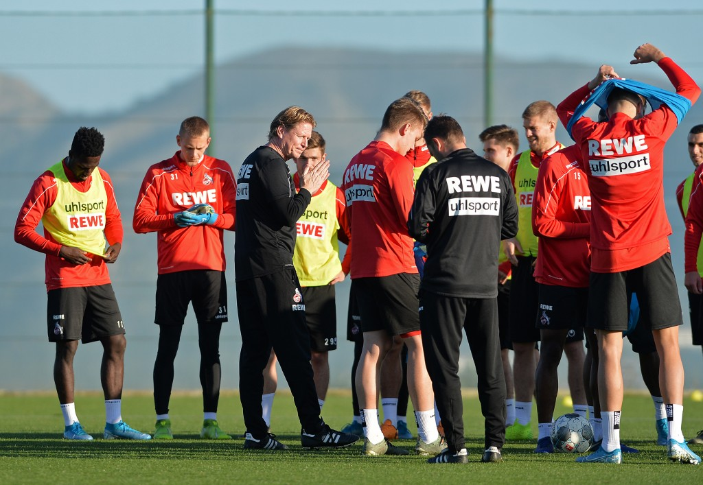 BENIDORM, SPAIN - JANUARY 09: (BILD ZEITUNG OUT) head coach Markus Gisdol of 1. FC Koeln gestures during the 1. FC Koeln winter training camp on January 9, 2020 in Benidorm, Spain. (Photo by TF-Images/Getty Images)