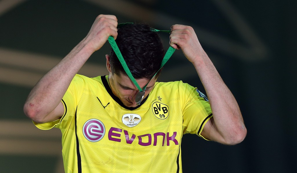 BERLIN, GERMANY - MAY 17: Robert Lewandowski of Dortmund reacts after the DFB Cup final match 2014 between Borussia Dortmund and Bayern Muenchen at Olympiastadion on May 17, 2014 in Berlin, Germany. (Photo by Ronny Hartmann/Bongarts/Getty Images)